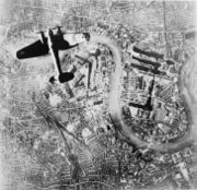 Heinkel He 111 bomber over London on 7 Sep. 1940.