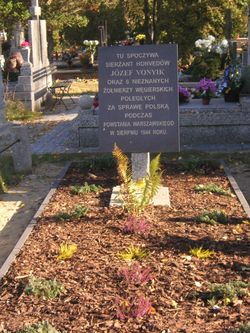 A grave of a Hungarian honved captain and 6 of his men who fell fighting on the Polish side during the Uprising
