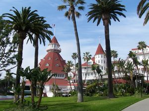 Front view of the Hotel del Coronado.