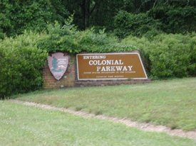 Colonial Parkway entrance, Colonial National Historical Park in Virginia, National Parks Service, U.S. Department of the Interior