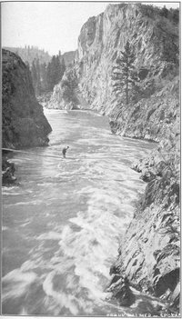 Spokane River in Lincoln County, Washington, 1909.